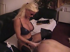 Lisa Berlin Deep pumping with her giant strapon&amp,#039,s